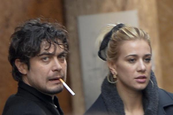 Scamarcio e la moglie di Sarcina, l'attacco sui social per il tradimento: «Sei uno zero come uomo»
