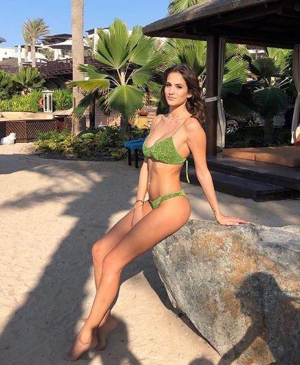 Jessica in bikini, vacanze hot per la moglie di Ciro Immobile