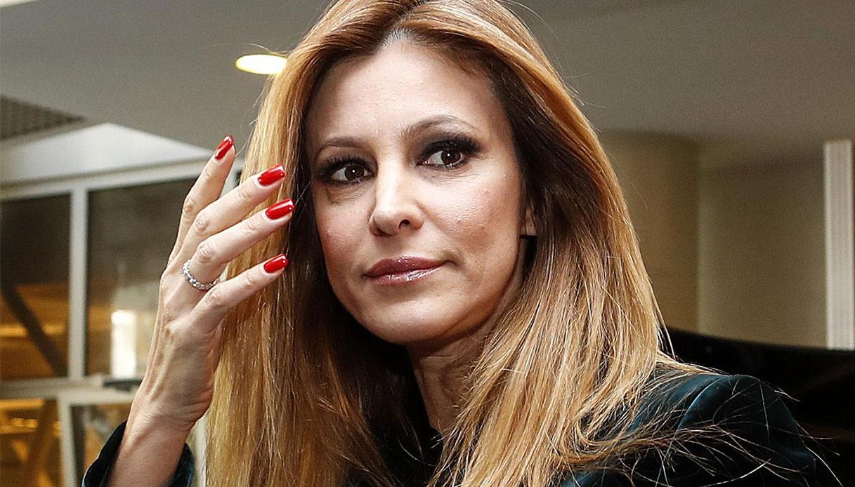Adriana Volpe, si sfoga su Andrea Denver: il marito commenta il post