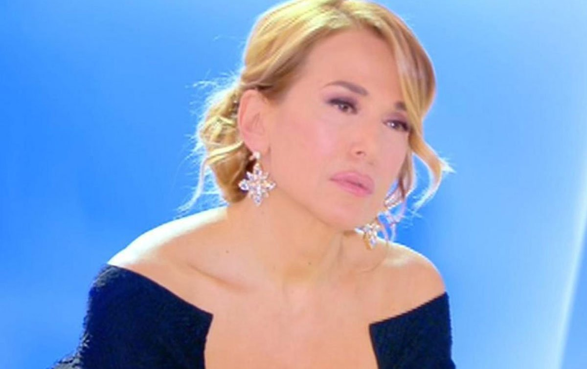 Barbara D'Urso abbraccia i suoi figli: il video commuove i fan