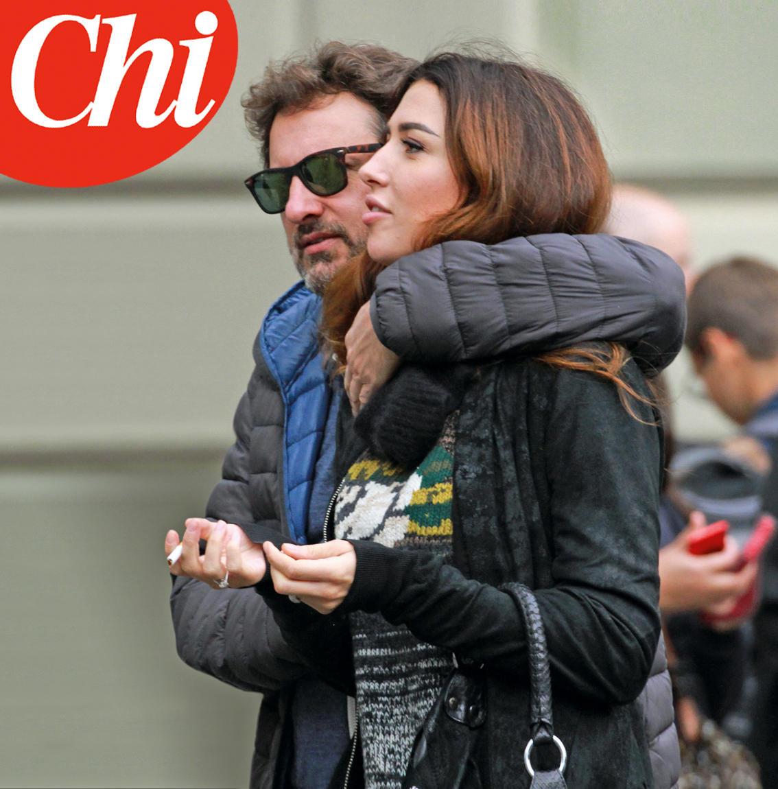 Leonardo Pieraccioni e Irene Balestra allo scoperto: abbracciati per le vie di Firenze