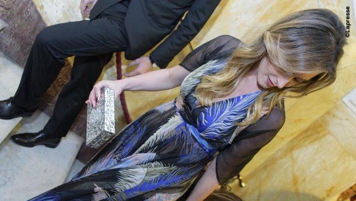 Maria Elena Boschi manda in tilt il teatro