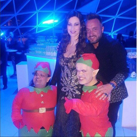 Manuela Arcuri, 40 anni da se. xy mamma: mega party a Roma con Garko