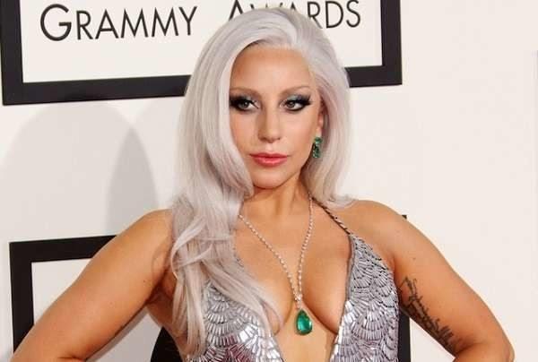 Super Bowl, Lady Gaga si esibirà sul tetto dello stadio
