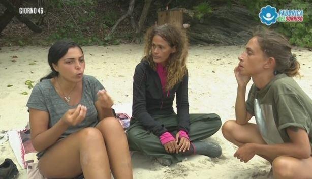 Isola dei famosi, la delusione di Nancy e Malena