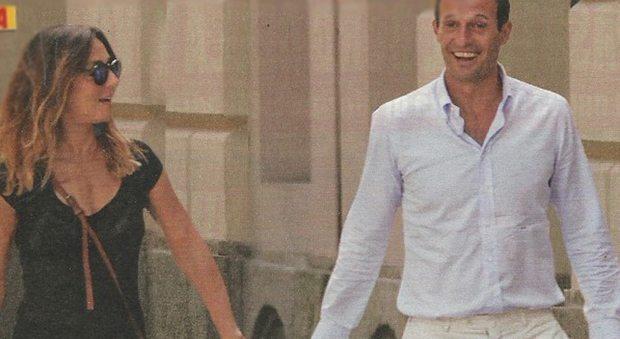 Ambra Angiolini e Massimilano Allegri inseparabili: passeggiata e pranzo a Milano