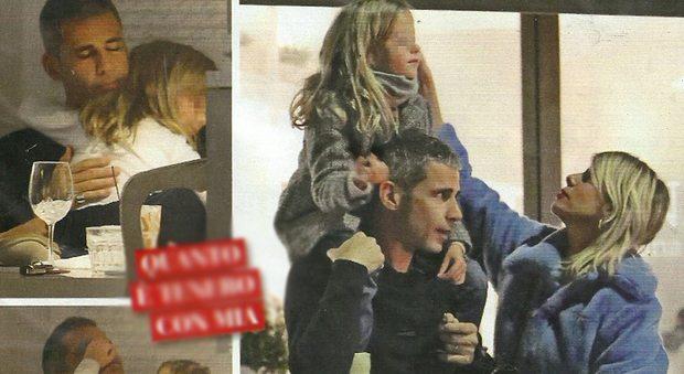 """Alessia Marcuzzi, cena col marito Paolo Calabresi Marconi che fa da """"papà"""" alla figlia Mia"""