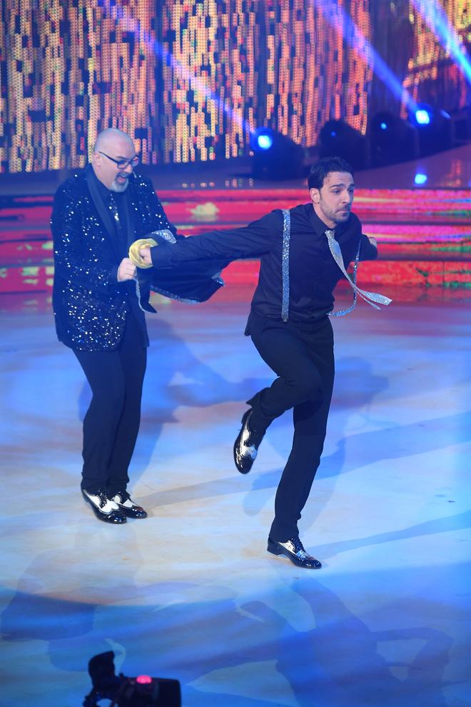 Ballando con le Stelle, Zazzaroni non vota la coppia di uomini: