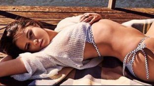 Selena Gomez ha bruciato tutte, lasciando indietro l?amica Taylor Swift, Beyoncé e perfino Kim Kardashian