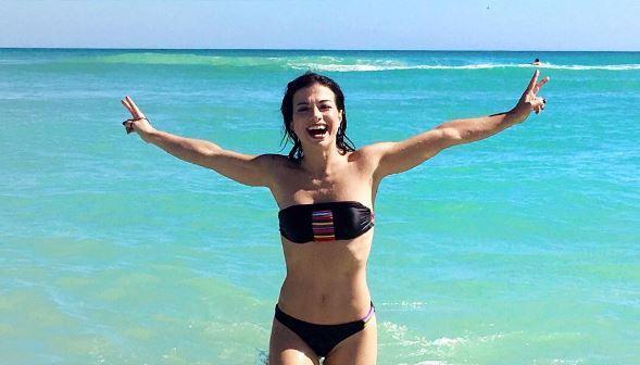 Dolcenera, bikini h. ot da Miami