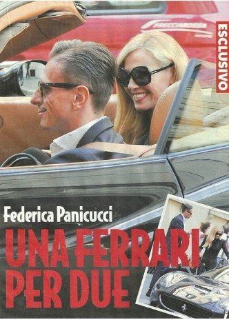 Federica Panicucci e Marco Bacini, arrivo in Ferrari a via Montenapoleone