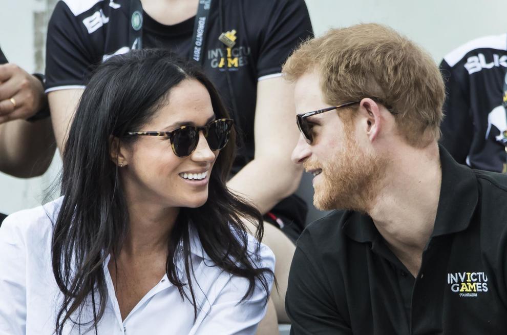 """La prova d'amore di Meghan Markle: """"Ecco cosa sta facendo per il principe Harry"""""""