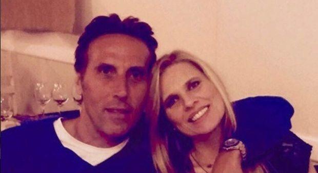 Laura Freddi smentisce l'intervista contro Bossari: