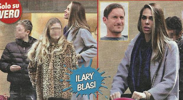 Ilary Blasi mamma a tempo pieno, passeggiata con Cristian, Chanel e Isabel a Roma