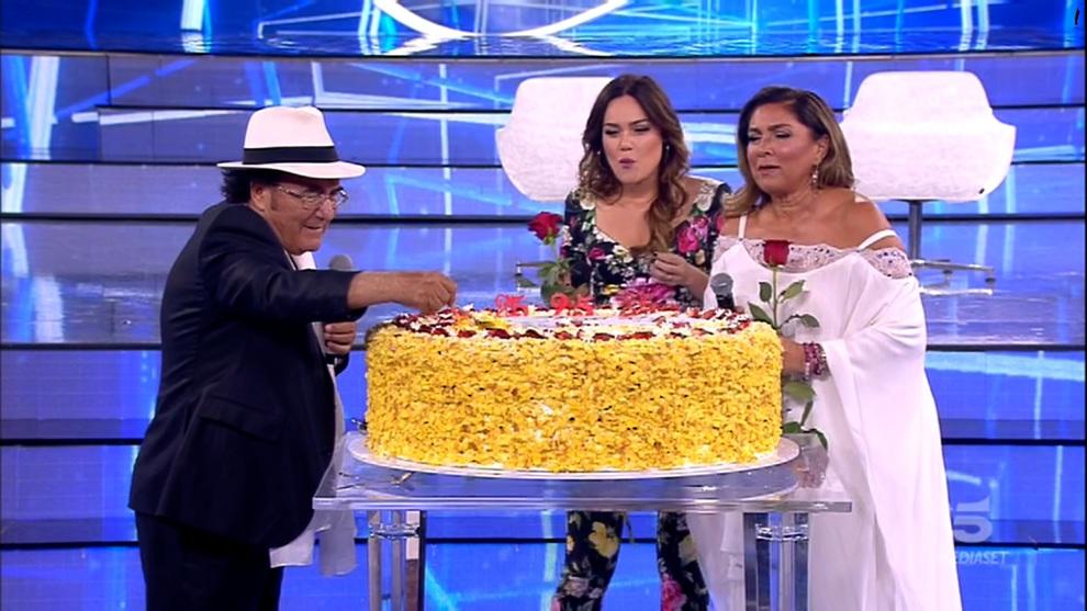 Amici, Al Bano compie 75 anni: per regalo una torta gigante