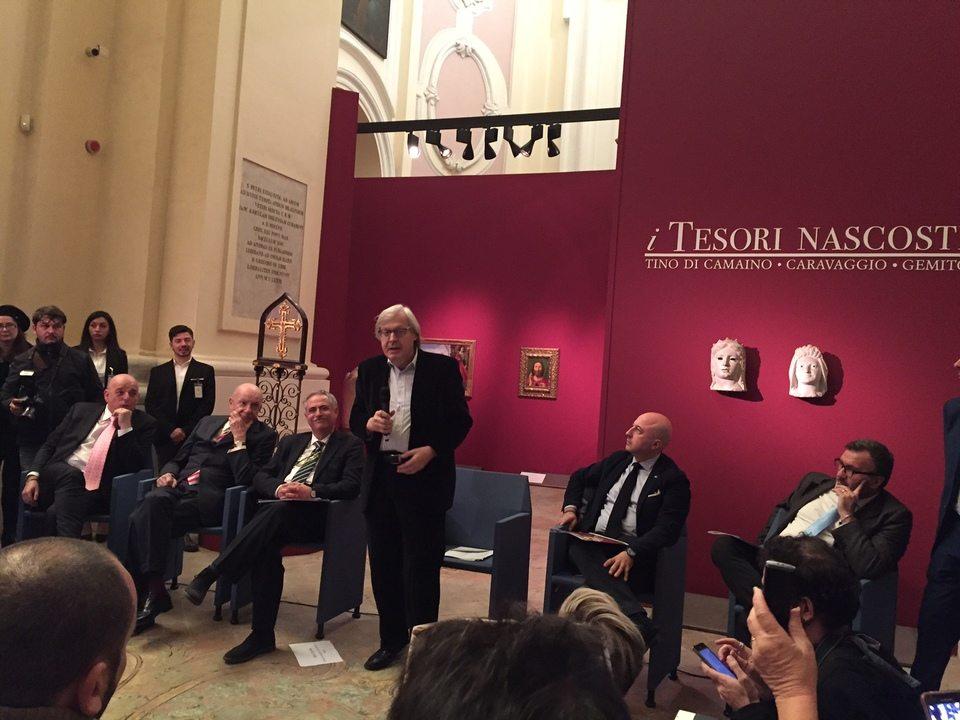 """Sgarbi presenta la mostra """"i Tesori nascosti a Napoli"""": da Caravaggio a De Chirico"""