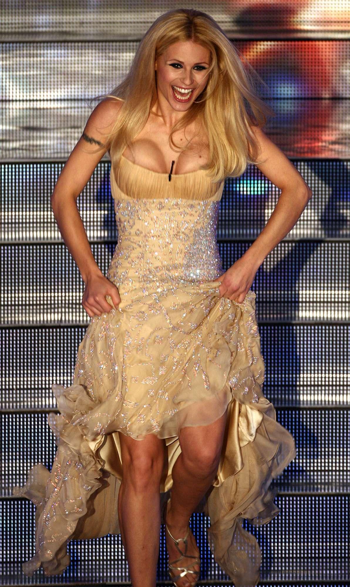 Michelle Hunziker, 40 anni di bellezza e grinta