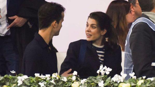 Charlotte Casiraghi torna a sorridere al fianco del suo uomo misterioso