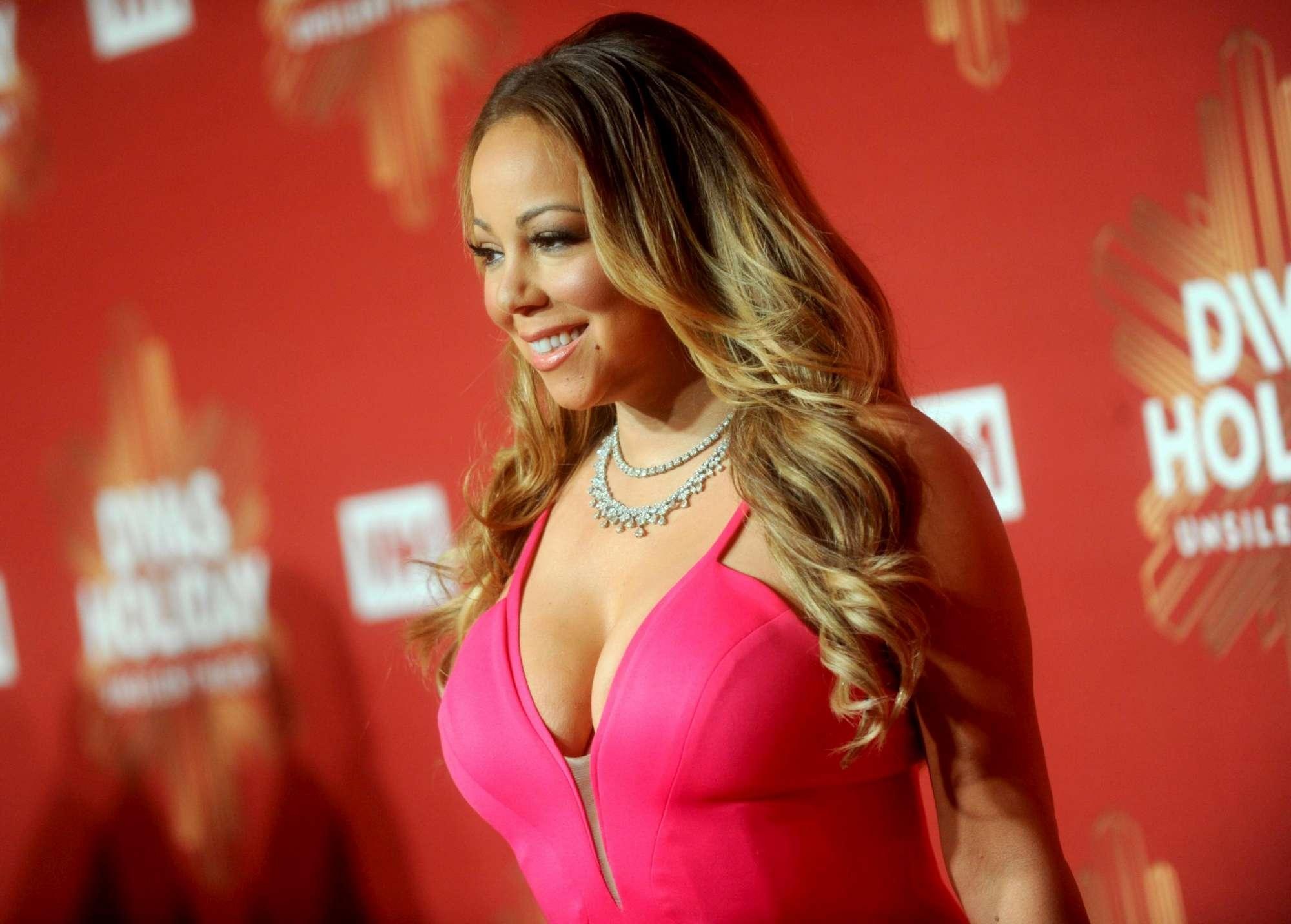 Mariah Carey, décolleté esplosivo sul red carpet