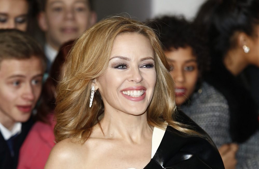 Kylie Minogue svela il segreto della sua bellezza: sedute di onde d?urto a 250 sterline l?ora