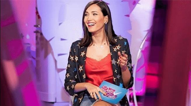 Caterina Balivo incinta: eccola col pancino al quarto mese di gravidanza
