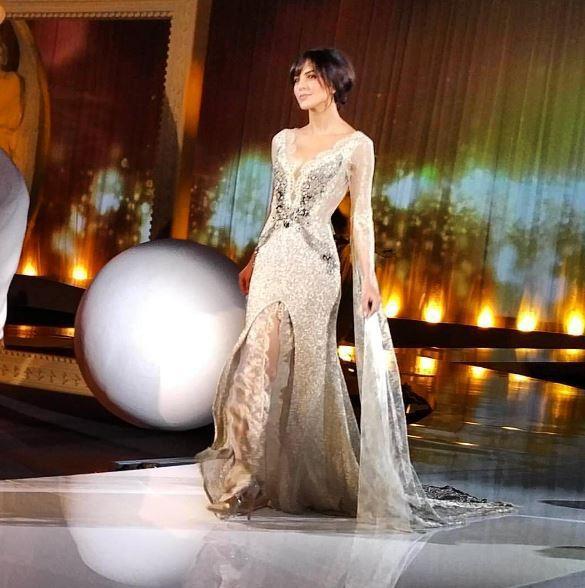Rocio pronta per le nozze con Raoul Bova prova l'abito