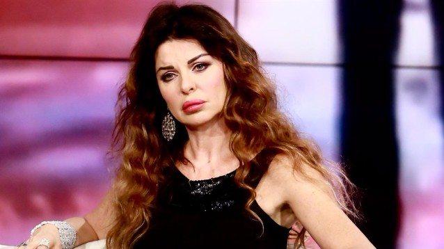"""Il dramma di Alba Parietti: """"Ho avuto il cancro..."""". Il post choc"""