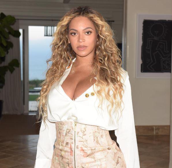 Beyoncé, dopo le polemiche ritirata la statua di cera troppo bianca
