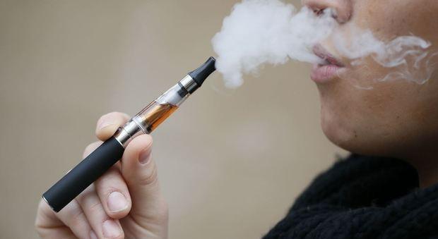 La sigaretta elettronica pericolosa per la salute: