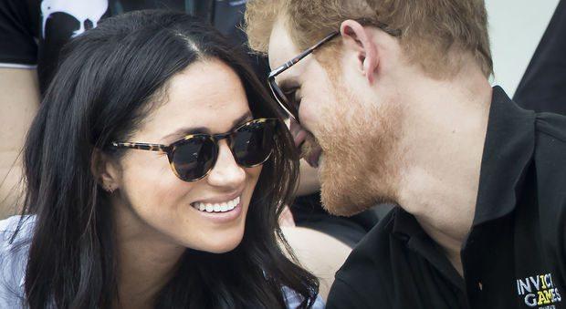 Harry e Meghan Markle ospiti della Regina: pranzo di Natale a Buckingham Palace