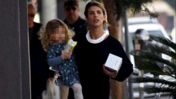Elisabetta Canalis, shopping californiano con Skyler