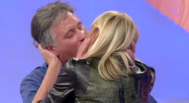 U&D, Giorgio Manetti e la verità sul bacio a Gemma Galgani: «Non illudo nessuno, sarebbe stato scortese non farlo»