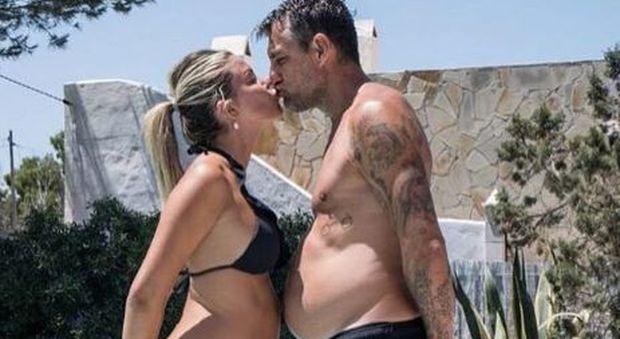 Bobo Vieri confessa: «Costanza mi fa vivere sereno. Nostra figlia? Ecco come si chiamerà»