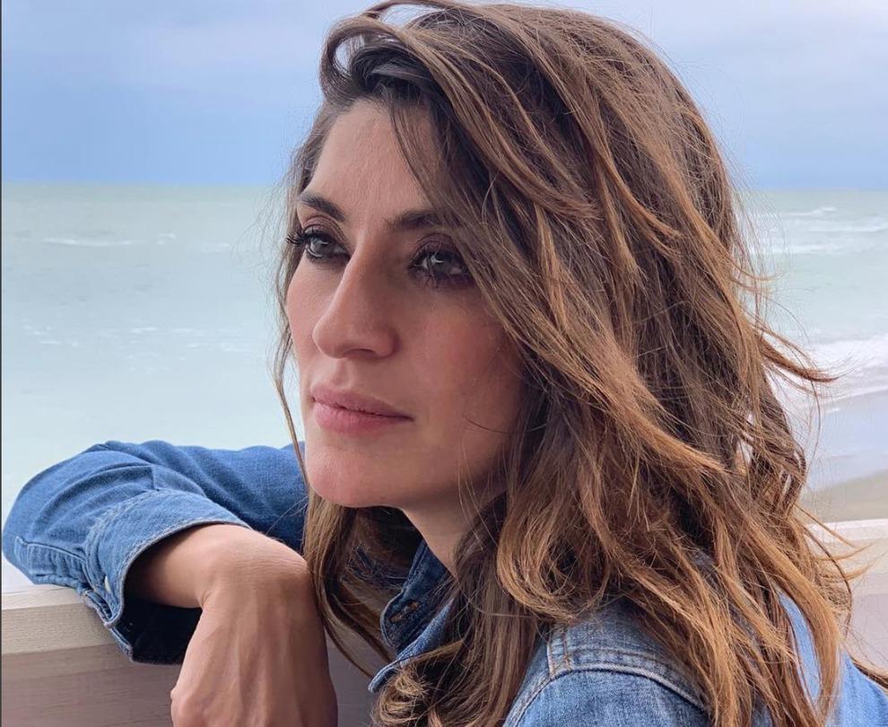 Elisa Isoardi, chi è il presunto stalker. Si è presentato da lei in negozio. Cosa ha fatto