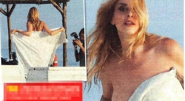 Stefania Orlando, topless (involontario?) in spiaggia poco prima del matrimonio