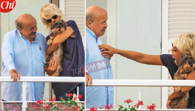 Maurizio Costanzo relax d?agosto con la De Filippi: