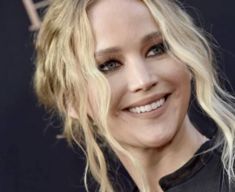 Jennifer Lawrence si è sposata: cerimonia privata in un castello