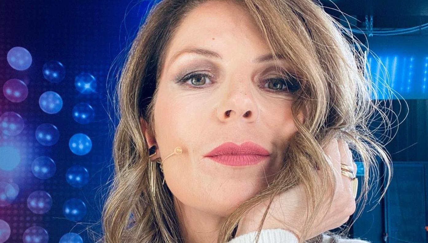 Marina La Rosa denuncia a Domenica Live: «Il mio compagno da ragazza ha tentato di investirmi»