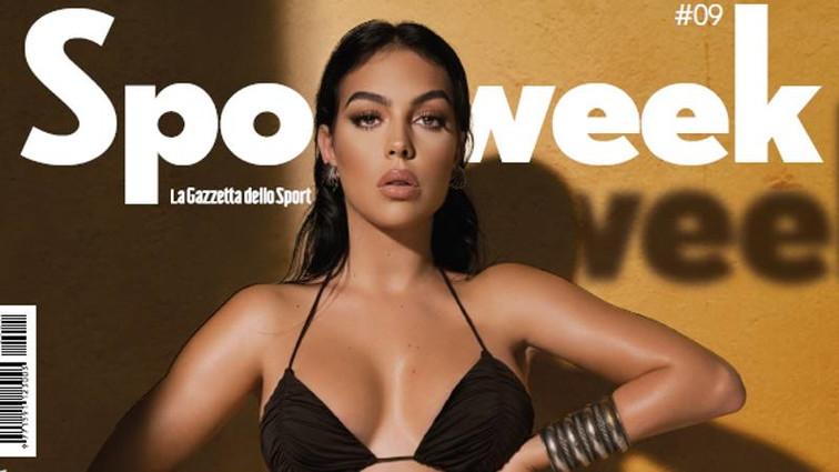 Georgina Rodriguez, un bikini da copertina: