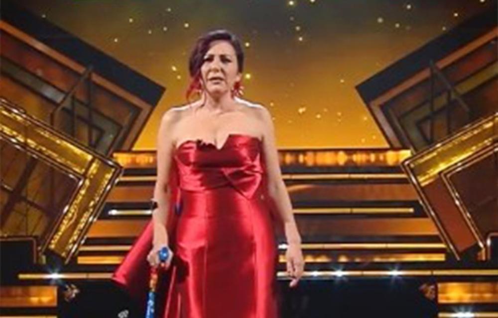 Antonella Ferrari a Sanremo: l'attrice con la sclerosi multipla racconta la sua storia sul palco dell'Ariston