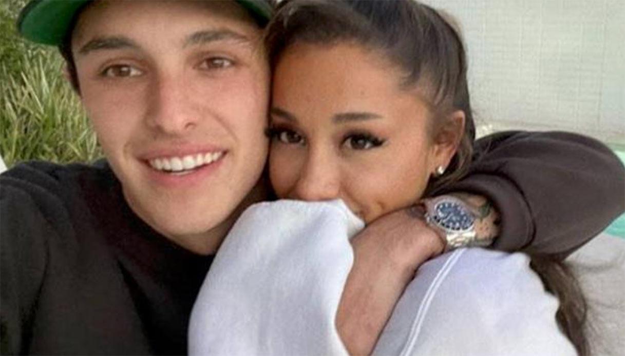 Ariana Grande si è sposata con Dalton Gomez in gran segreto