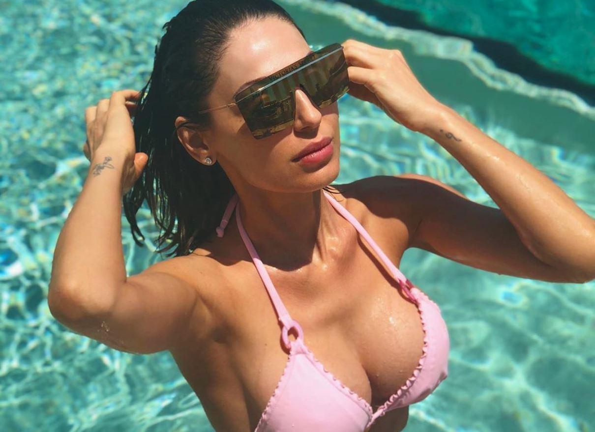 """Anna Tatangelo, le confessioni mai fatte prima a """"Belve"""": «Le mie difficoltà con Gigi D'Alessio»"""