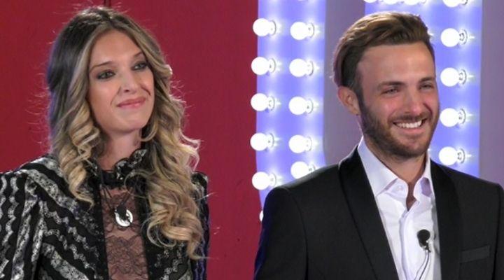 GF Vip: Guenda Goria si sposa. Il fidanzato Mirko chiede la mano in diretta a Amedeo