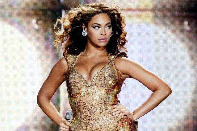Beyoncé e Jay-Z, per i gemelli assunte sei tate da 100mila dollari all?anno