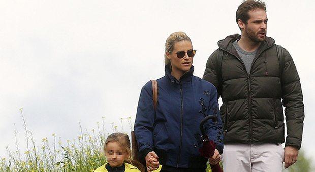 Michelle Hunziker, vacanze in montagna con la famiglia:
