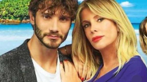 Alessia Marcuzzi conquistata da Stefano De Martino: