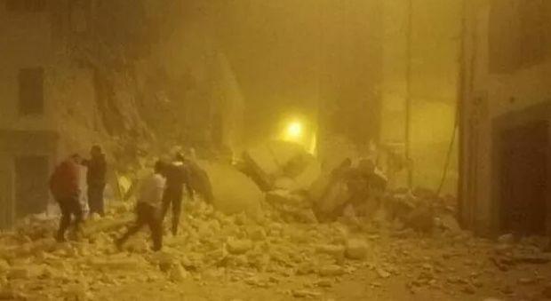 """Terremoto, viaggio nel paese dell'epicentro: """"Ci sembrava la fine del mondo"""""""
