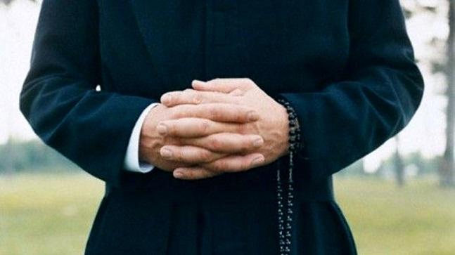 Preti omosessuali, arriva un dossier alla Curia di Napoli: