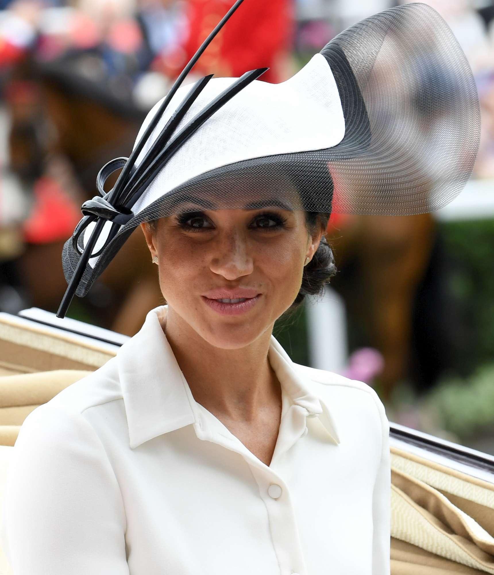 Meghan Markle, ecco il primo cappello al Royal Ascot