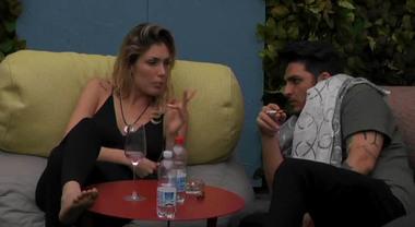 Grande Fratello, la scenata di gelosia di Veronica contro Luigi: «Troppe attenzioni a Mariana, sei incoerente»